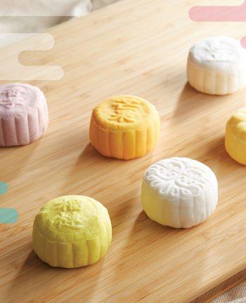Mika Mid Autumn Snowy Moon Cakes 雪皮月饼